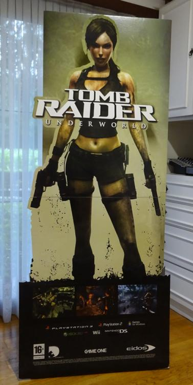 Lara Croft display 01.JPG